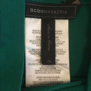 BCBGMaxAzria Skirts - BCBGMAXAZRIA Size XS Simone Ultra Green Mini Skirt